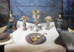 Misc WW1 postcard Communion set